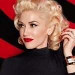 Gwen Stefani feat. Andre - Long Way to Go