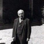 """Tito Gobbi, Orchestra del Teatro alla Scala di Milano, Tullio Serafin - I pagliacci, Act 1: """"Si puo? Si puo?"""" (Tonio)"""